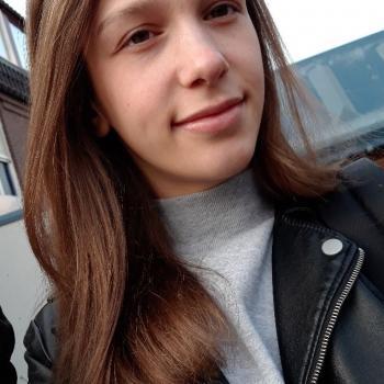 Babysitter Almere Stad: Naomi