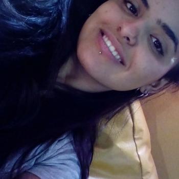 Niñera Burzaco: Melina