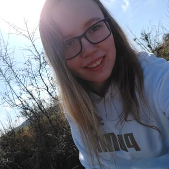 Babysitter in Dundalk: Tereza