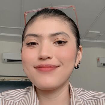 Pengasuh di Petaling Jaya: Farhana