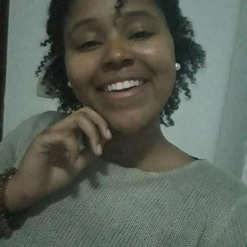 Babysitter Vila Nova de Gaia: Diana