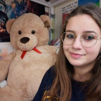 Babysitter Alba: Bianca Bondalici