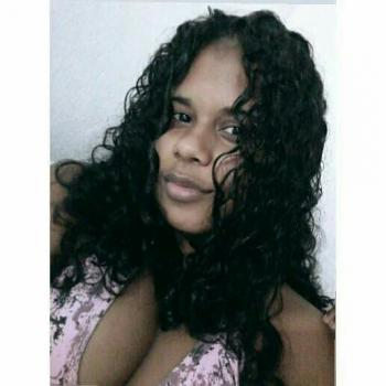 Babysitter in Aracaju: Larissa