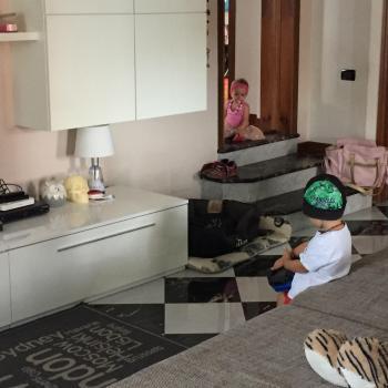 Genitore Como: lavoro per babysitter Valeria