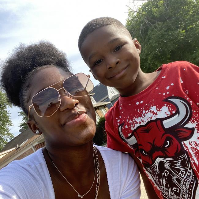Babysitter in Chicago: Elleyana