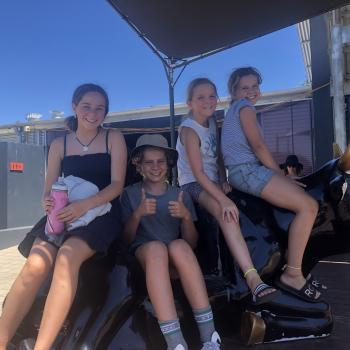 Babysitter Perth: Thea
