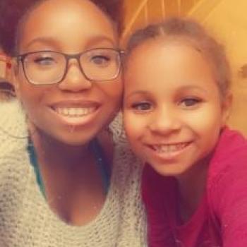 Babysitter Charleroi: Aicha