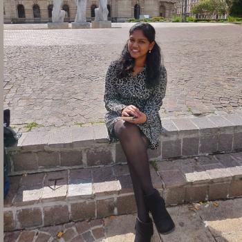 Babysitter Brüssel: Nandhini