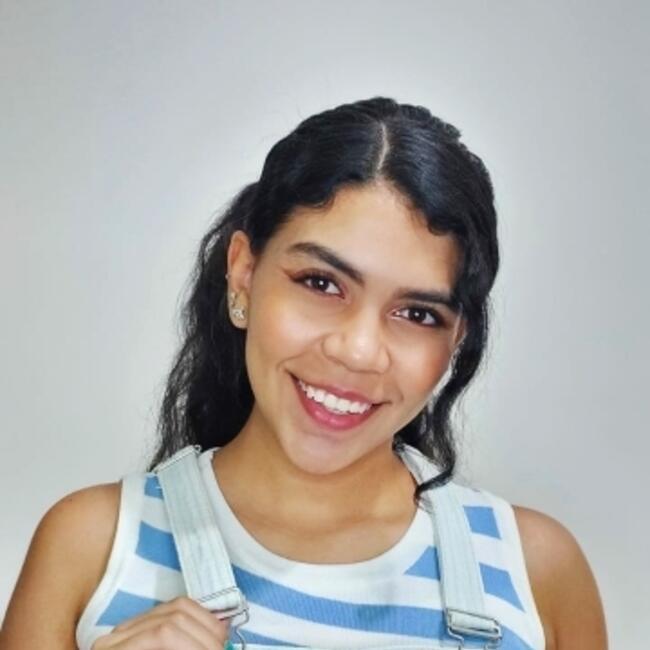 Niñera en Municipio de Copacabana: Sara