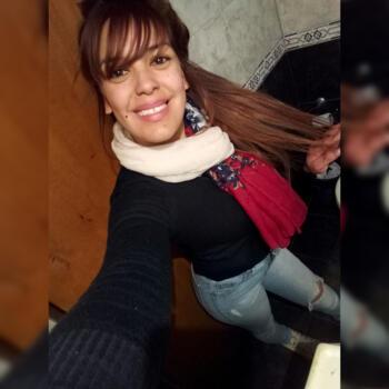 Niñera González Catán: Karen dominguez