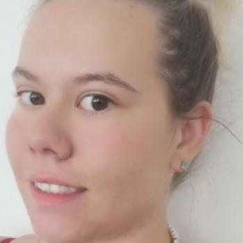 Babysitter in Schwechat: Tanja