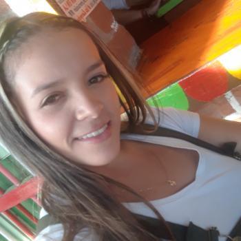 Niñera Itagüí: Carolina