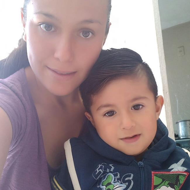 Trabajo de niñera en Tesistán: Iza