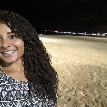 Babysitter Duque de Caxias: Joyce