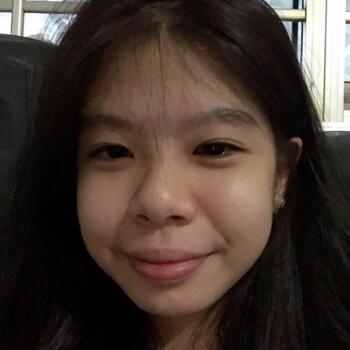 Babysitters in Singapore: NIKKI YEO HUI EN