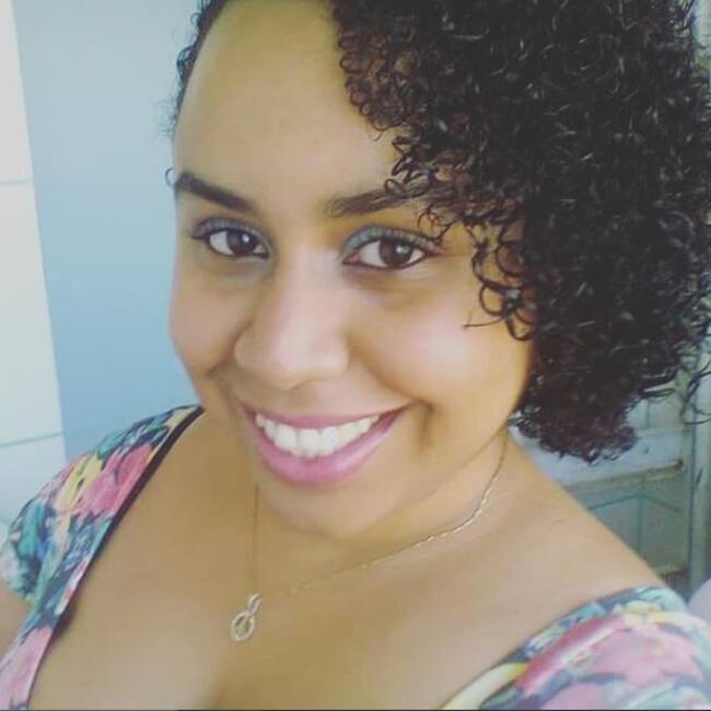 Babá em Salvador: Joice