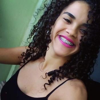 Babysitter Vila Velha: Aiane