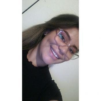 Niñera en Cartago: Ariana