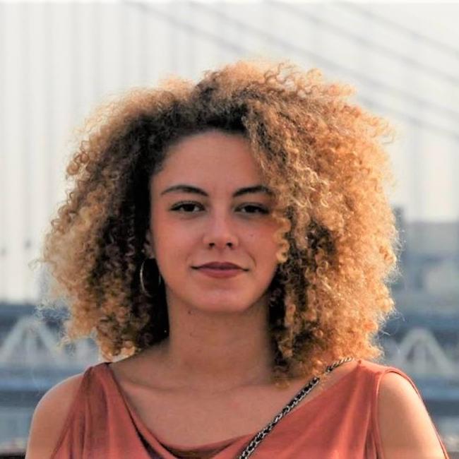 Baby-sitter in Paris: Suzanne