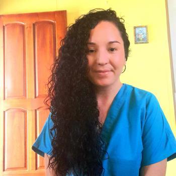 Niñera en San Isidro de El General: Laura
