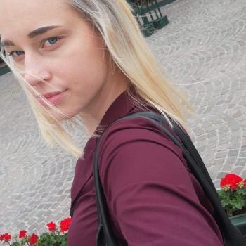 Babysitter in Brugge: Emmely