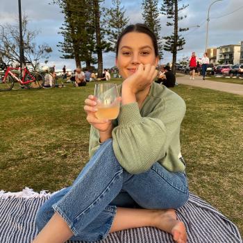 Babysitter in Bundaberg: Lara