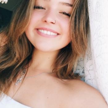 Babysitter Portimão: Mariya