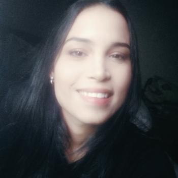 Babá em Londrina: Regiane