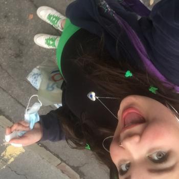 Babysitter in Bristol: Eva