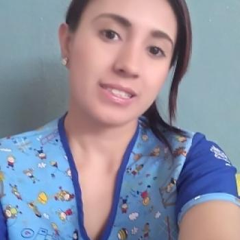 Babysitter in Medellín: Alexandra
