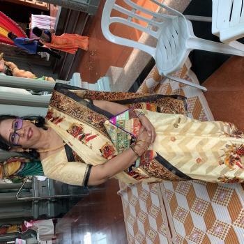 Pengasuh di Petaling Jaya: Sumathy
