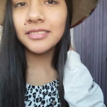 Niñera Pachacámac: Melissa Milagros