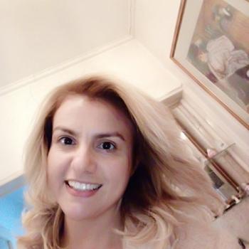 Babysitter London: Gabriela