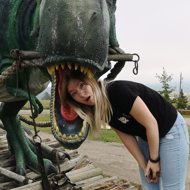 Babysitter in Calgary: Savannah