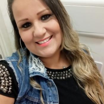 Babysitter Sorocaba: Roberta