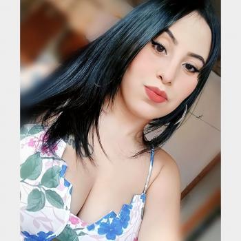 Babysitter in Frei Paulo: Mayara