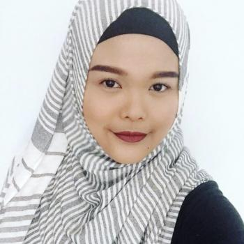 父母 新加坡: Nur Azrin