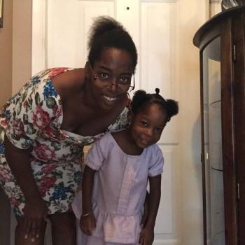Parent Houston: babysitting job Justina