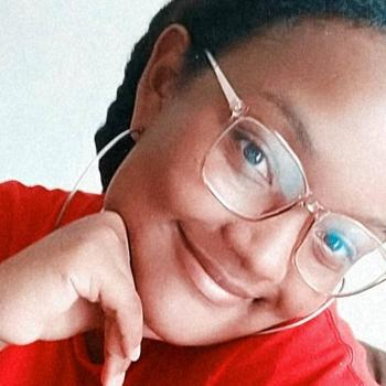 Babá em Niterói: Larissa Duarte