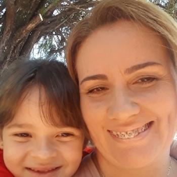 Emprego de babá em Foz do Iguaçu: emprego de babá Alessandra