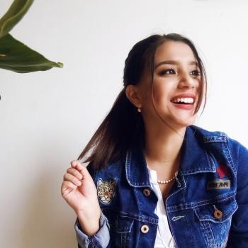 Babysitter in Lima: Flor
