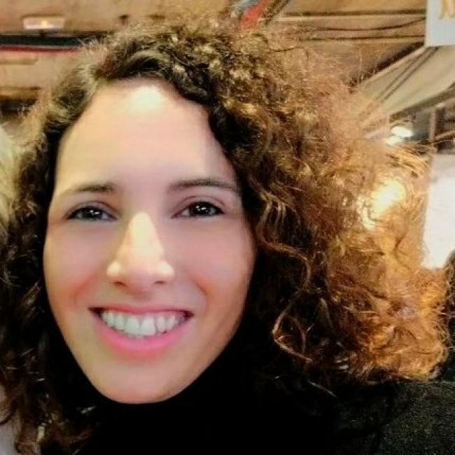 Niñera en Pamplona: Amaia