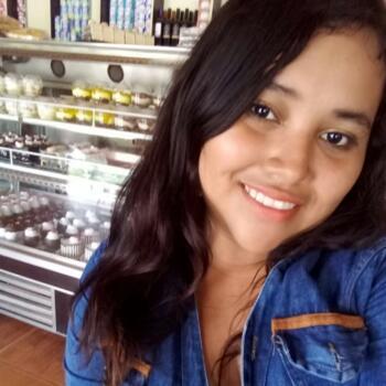 Niñera Trujillo: Claudia