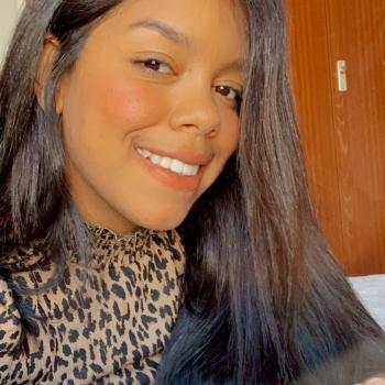 Niñera Dos Hermanas: Milianny