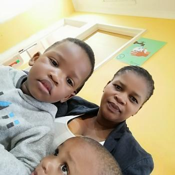 Babysitter in Blue Downs: Nolusindiso