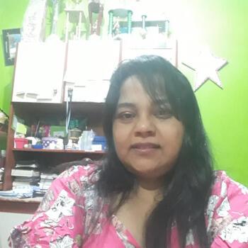 Niñera Rafael Calzada: María Cristina