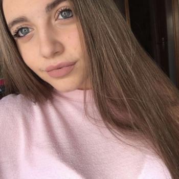 Babysitter Senigallia: Valentina