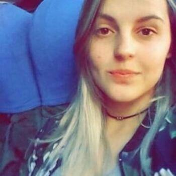 Babá em Pelotas: Gabriela