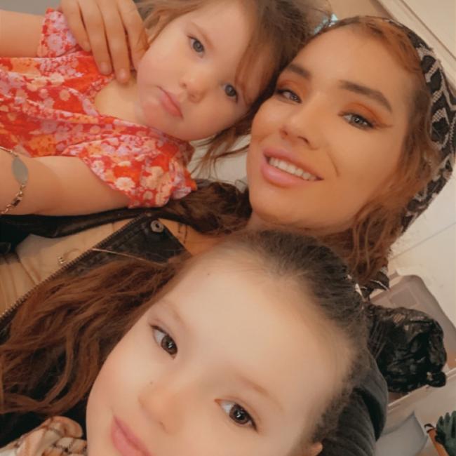 Babysitting job in Melbourne: Laylarni
