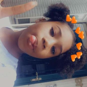 Babysitter Montclair: Layla